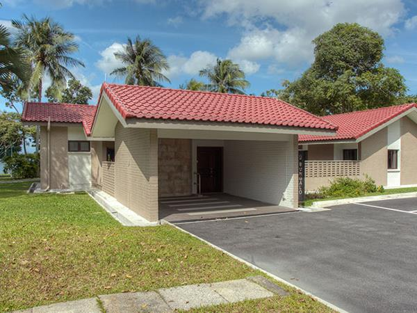 Sea view bungalow chalet at CSC Loyang